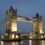 Tower Bridge de noite